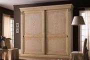 Деревянный шкаф купе высокого качества и надежности